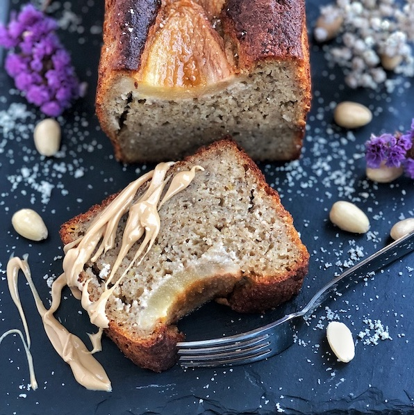 Lemony Banana Bread with Olive Oil, Vanilla and Caramelized Pears (vegan)