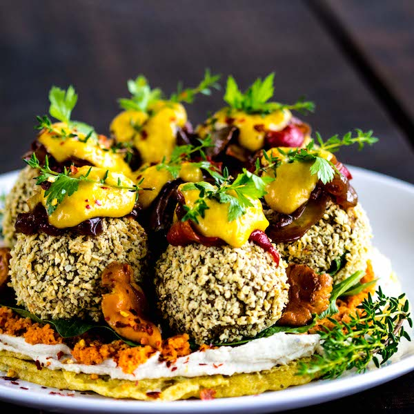 Crispy Vegan Falafels with Tempeh & Walnuts (oil-free, gf)