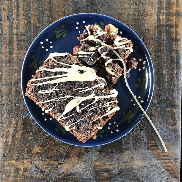 Jam Cake with toasted Hazelnuts (vegan)