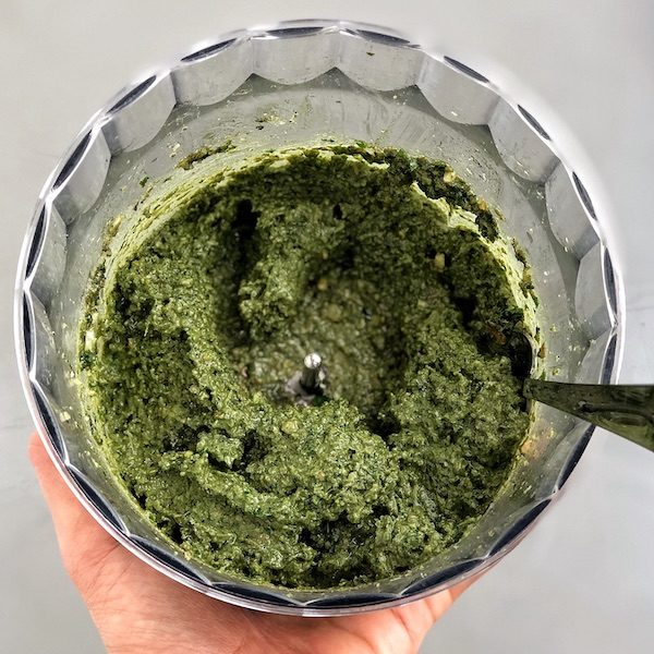 Kale Walnut Pesto with Spirulina in food processor